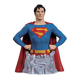 炫酷超人半身模型