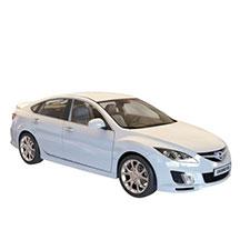 白色汽车模型