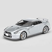 银色尼桑GTR汽车模型